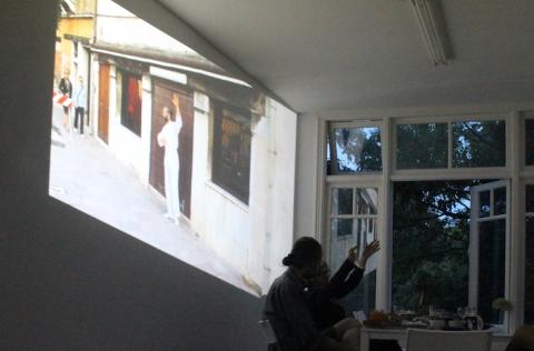 intermedia reflection at gallery Mirta Demare. photo (c)2015 JnU Désert
